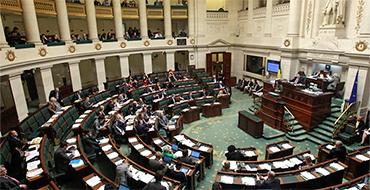 Эксперт: ЕС не поможет Украине тогда, когда ей это особо нужно