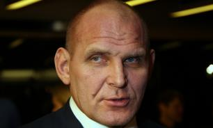 Александр Карелин: Украинский боксер Усик - прежде всего гражданин, затем спортсмен