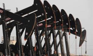 Нефть снижается в цене на данных о росте добычи в США