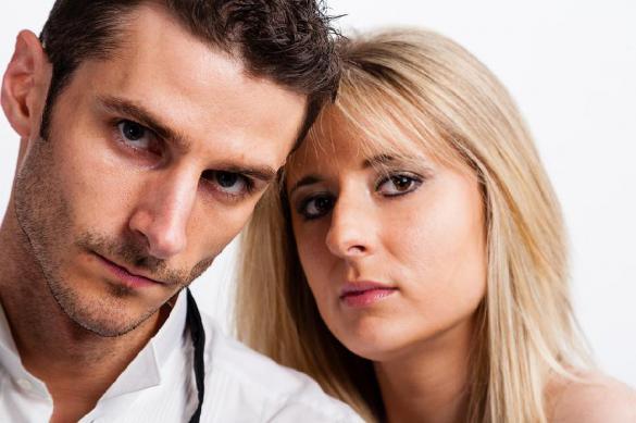 Причина привлекательности мужчин - в их желанности женщинами