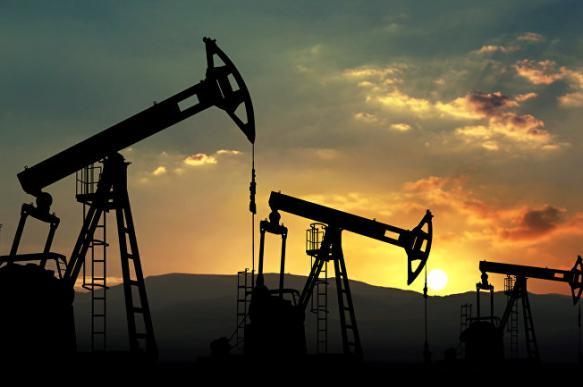 Китай выступил против американских санкций в отношении иранской нефти