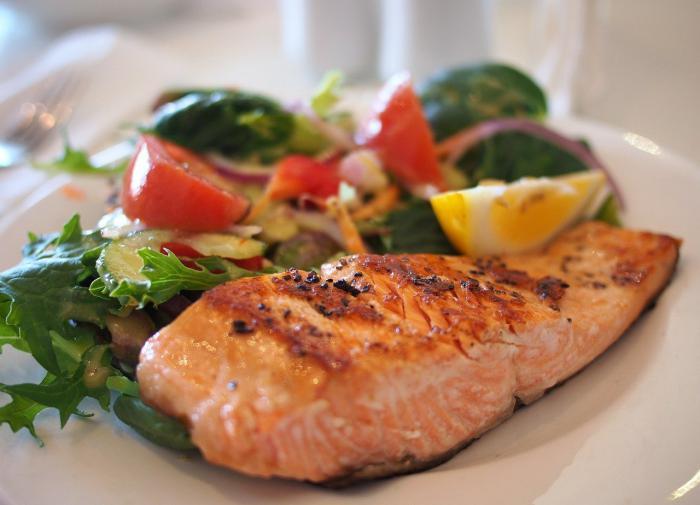 """Рыба помогает очистить кровь от """"плохого"""" холестерина"""