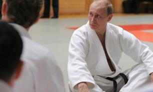 Путин покажет дзюдоистам силовой прием