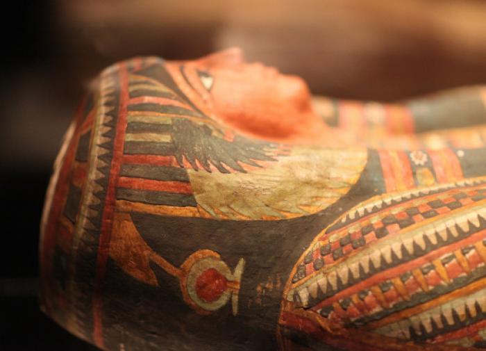 В Саккаре нашли мумии жрецов и редкое изображение бога