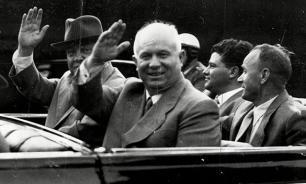 Хрущев и Сталин: Гномик против великана