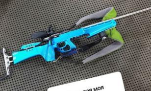 Биатлонистка Павлова сменила фиолетовую винтовку на голубую