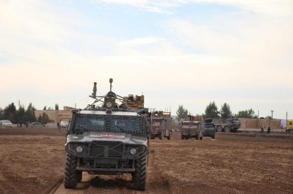 Очередной российско-турецкий патруль обследовал сирийскую границу