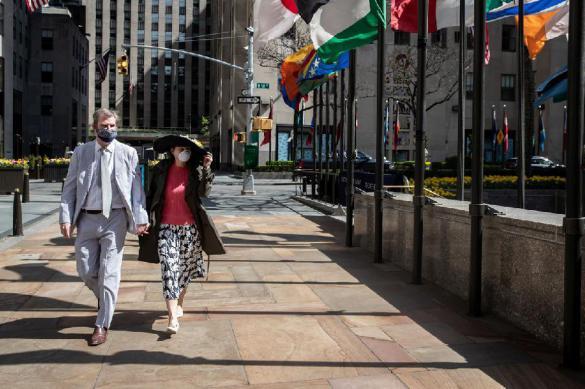 Число погибших от коронавируса в Нью-Йорке превысило 10 тысяч человек