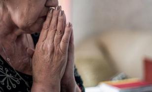 Неизвестный украл из квартиры пенсионерки 100 тысяч долларов