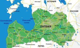 Экс-глава МИД Латвии заявил, что власти страны позорят ее на весь мир