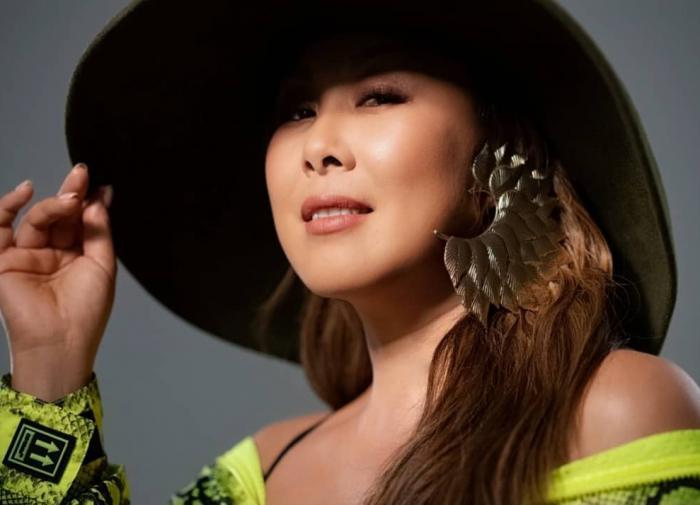 Анита Цой скинула лишние килограммы и предстала преображённой