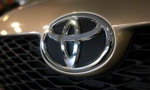 Toyota отзывает крупную партию RAV4 из России