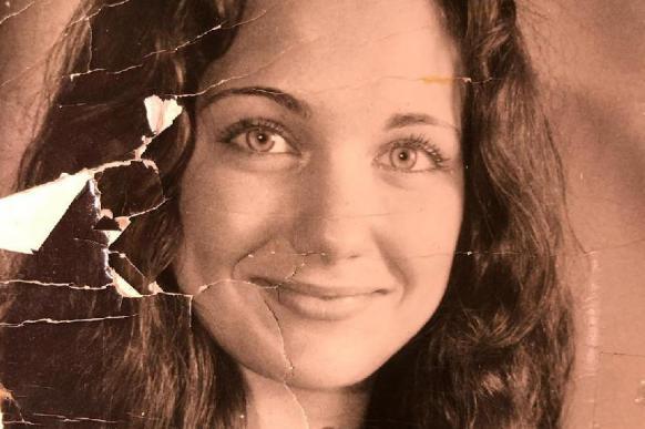 Екатерина Климова опубликовала свое фото в 18-летнем возрасте.