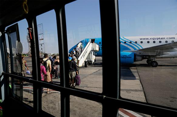 Власти Египта: На борту A320 EgyptAir мог быть совершен теракт