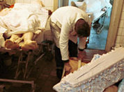 Бизнес на костях обманами пропах