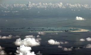 Пентагон заявил о перехвате самолета-разведчика китайскими истребителями