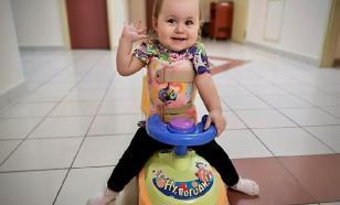 Неизвестный благотворитель перевел 50 млн рублей на лечение малышки