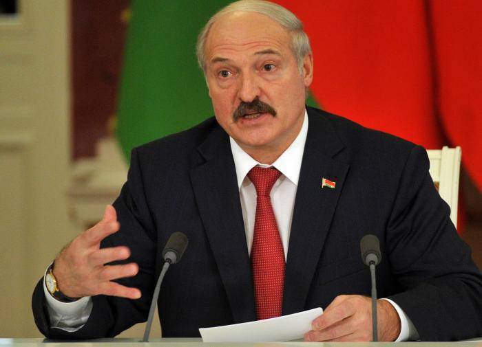 """Лукашенко поручил членам МИД РБ """"жёстко отстаивать свои права"""""""