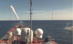 Минобороны России показало самые зрелищные моменты учений Северного  флота