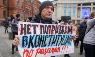 Игорь Гундаров: вместо Конституции получается бульварное чтиво