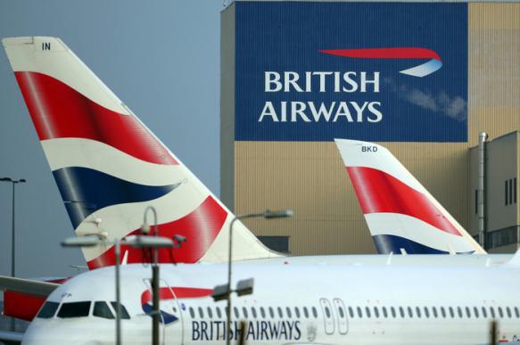 Крупнейший авиаперевозчик Британии прекратит полеты в Петербург и Киев