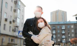 Врач объяснила разное протекание коронавируса у мужчин и женщин
