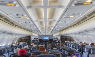 Стюардесса объяснила запрет на обмен местами в самолете