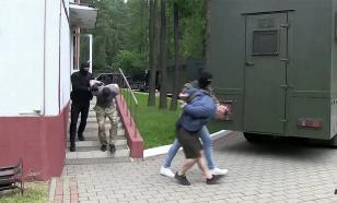С задержанными в Белоруссии россиянами встретились дипломаты