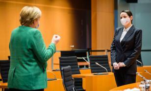На встрече с Меркель Тихановская попросила денег