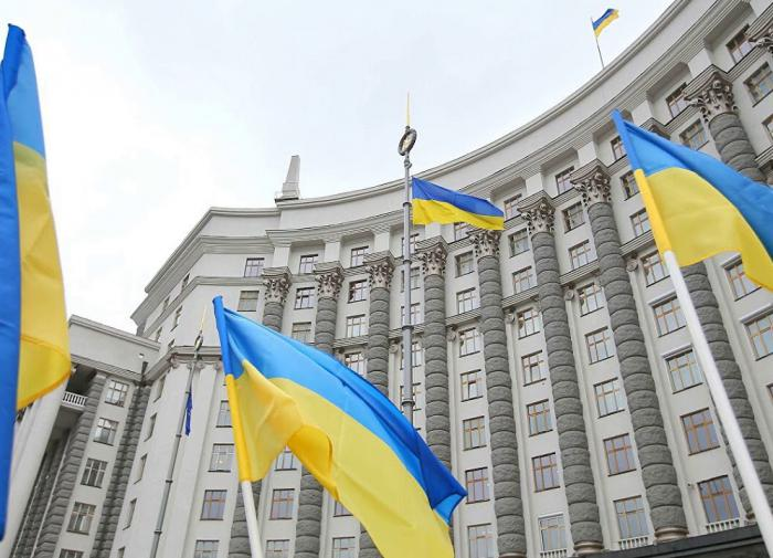 Два украинских министра подали в отставку, третий на очереди