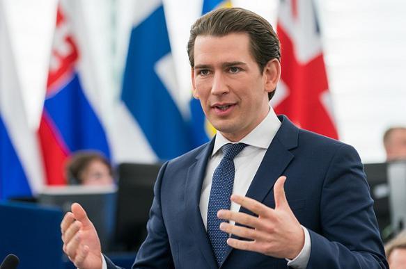 """Скандал с """"россиянкой"""" вынудил канцлера Австрии провести новые выборы в парламент"""