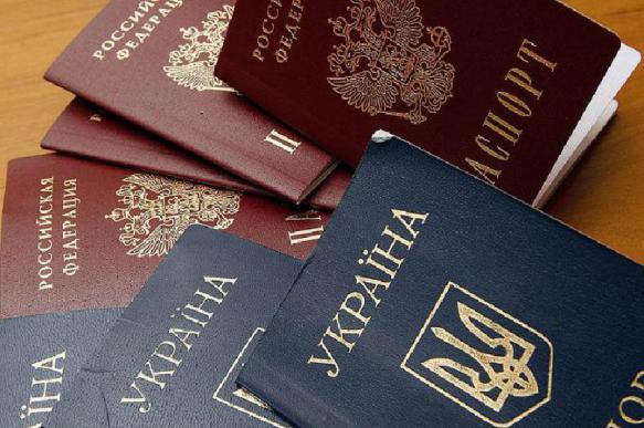 Украинцы больше не смогут ездить в Россию по внутренним паспортам