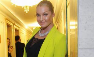 Анастасия Волочкова решила перейти на парики