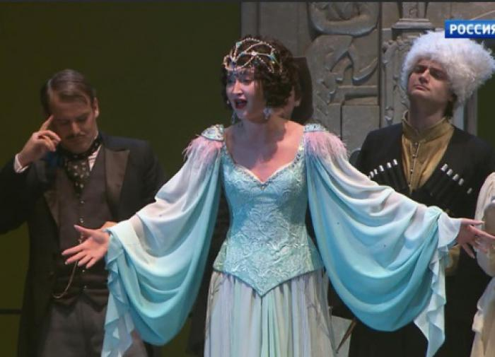 Пушков высказался о дебюте Бузовой на сцене МХАТа