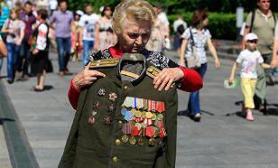 Песков заверил: все ветераны-граждане России получат выплаты