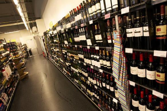 Россияне начали активно закупать алкоголь на карантине