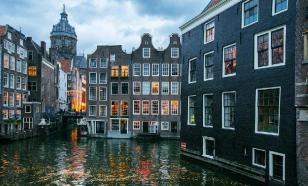 Амстердам: на Празднике марихуаны покайфовать не удастся?