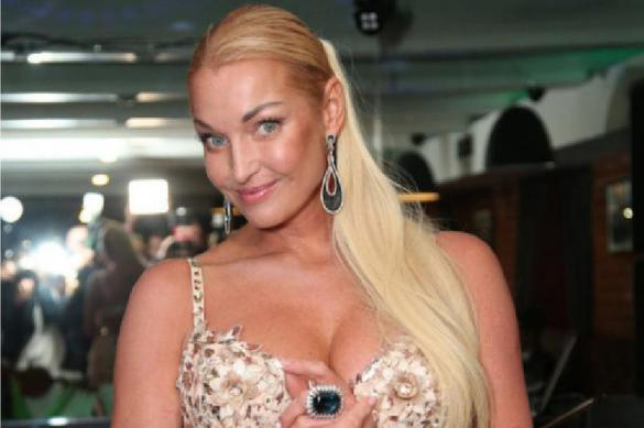 Анастасия Волочкова высказалась по поводу внешности Ксении Собчак