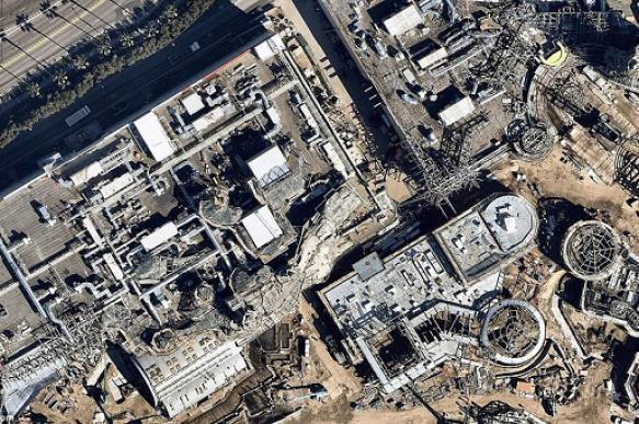 Ход строительства парка «Звездных войн» сняли из космоса