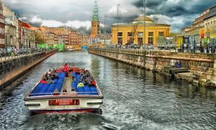В Дании ввели COVID-паспорта для посещения кафе и парикмахерских