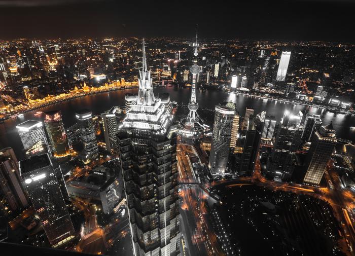 Новая вспышка COVID-19 затормозит экономическое развитие Китая