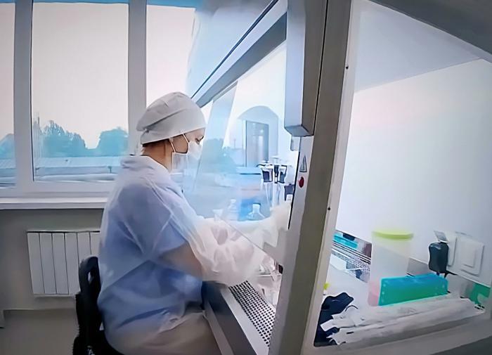 В России завершаются исследования первого препарата против COVID-19