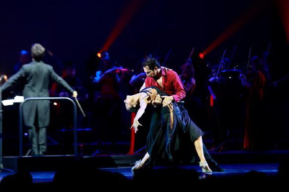 """В Кремле пройдет праздничное шоу """"Танго страсти Астора Пьяццоллы"""""""
