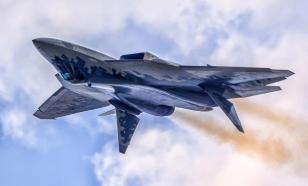 Первый серийный истребитель Су-57 поступил на вооружение ВКС