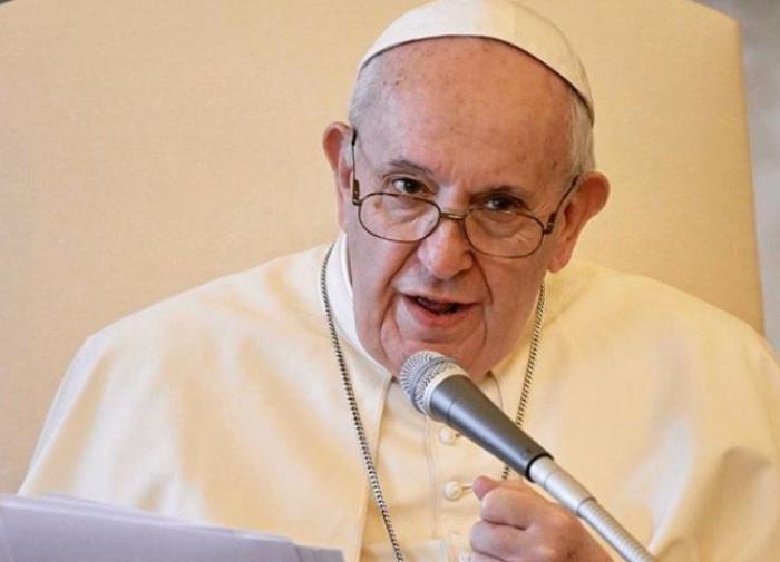"""Папа Римский: """"Гомосексуалисты имеют право создавать семьи"""""""