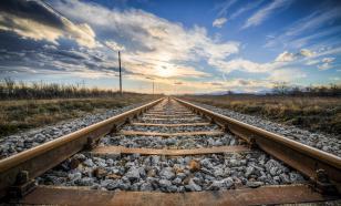 С рельсов сошли 29 вагонов грузового поезда в Забайкалье