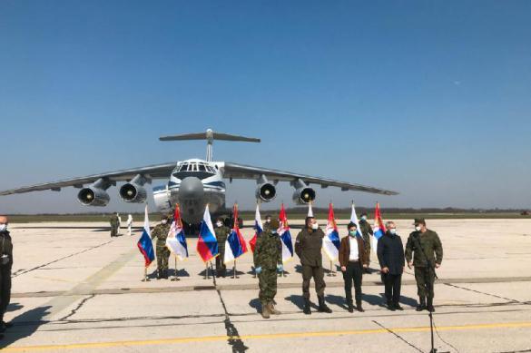 Российские военные брошены на борьбу с коронавирусом в Сербии