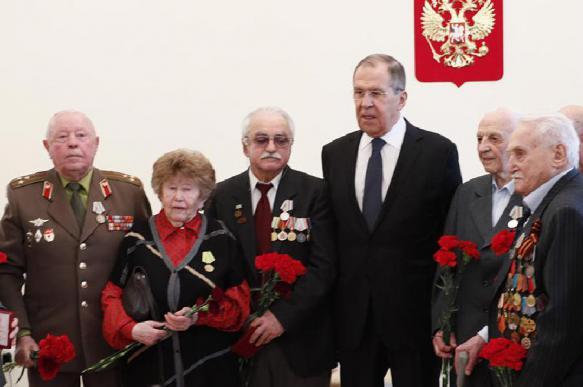 Лавров наградил ветеранов Великой Отечественной войны в Мюнхене