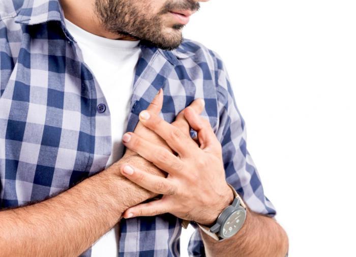 Холодный пот может быть признаком скорого сердечного приступа