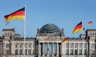 """""""Альтернативу для Германии"""" записали в """"пятую колонну Кремля"""""""